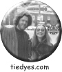 Hippie Clintons Hillary and Bill Clinton Liberal Democratic Political Magnet (Badge, Pin)